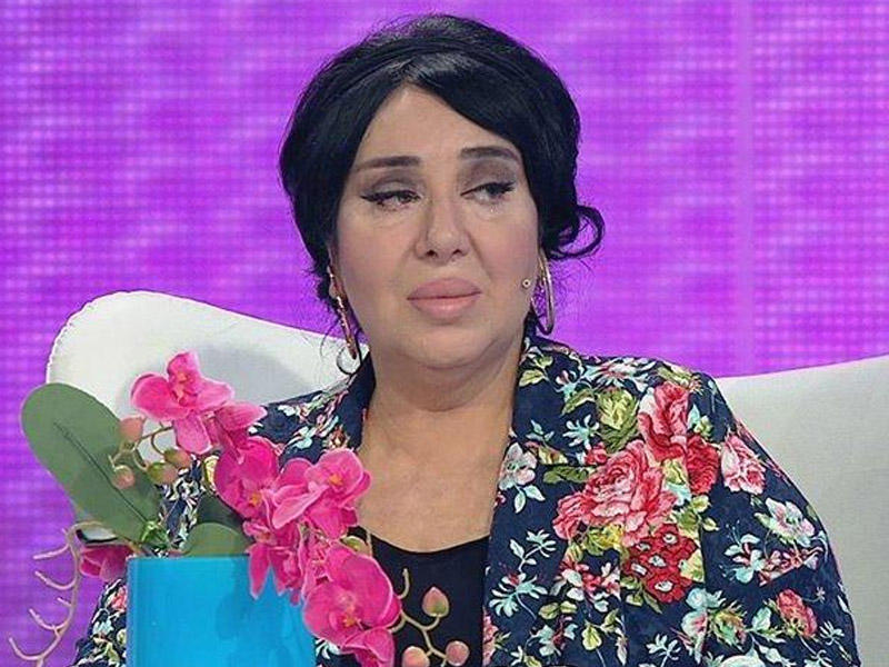 Məşhur modelyerin səhhəti pisləşdi: təcili xəstəxanaya çatdırıldı - FOTO