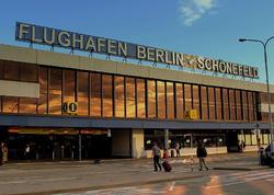 """Berlində QORXULU ANLAR: <span class=""""color_red"""">hava limanı boşaldılır - FOTO</span>"""