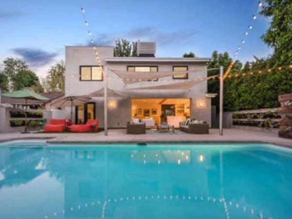 790 min dollara aldığı evi iki qatından da baha satır - FOTO