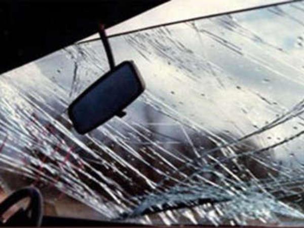 Türkiyədə avtomobil kanala aşıb: 2 ölü, 5 yaralı