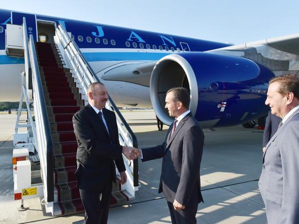 Prezident İlham Əliyev Rusiyada işgüzar səfərdədir - FOTO