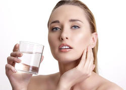 İsti su içmək üçün 6 səbəb