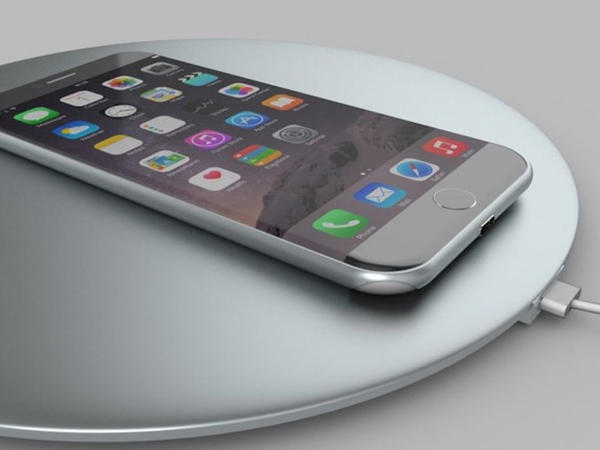 iPhone 8-in təqdimatı təxirə salınıb