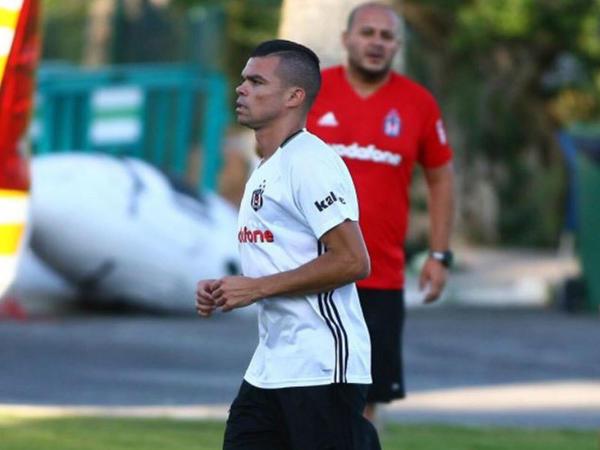 """Pepe: """"Beşiktaş"""" mənim üçün yeni bir şansdır"""""""