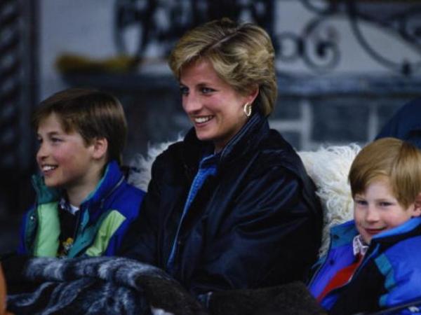 """""""Onlara şahzadə Diananın kim olduğunu mən öyrədirəm"""""""