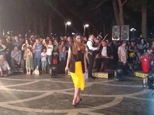 """Fəvvarələr Meydanında """"Music Band"""" çəkildi - FOTO"""