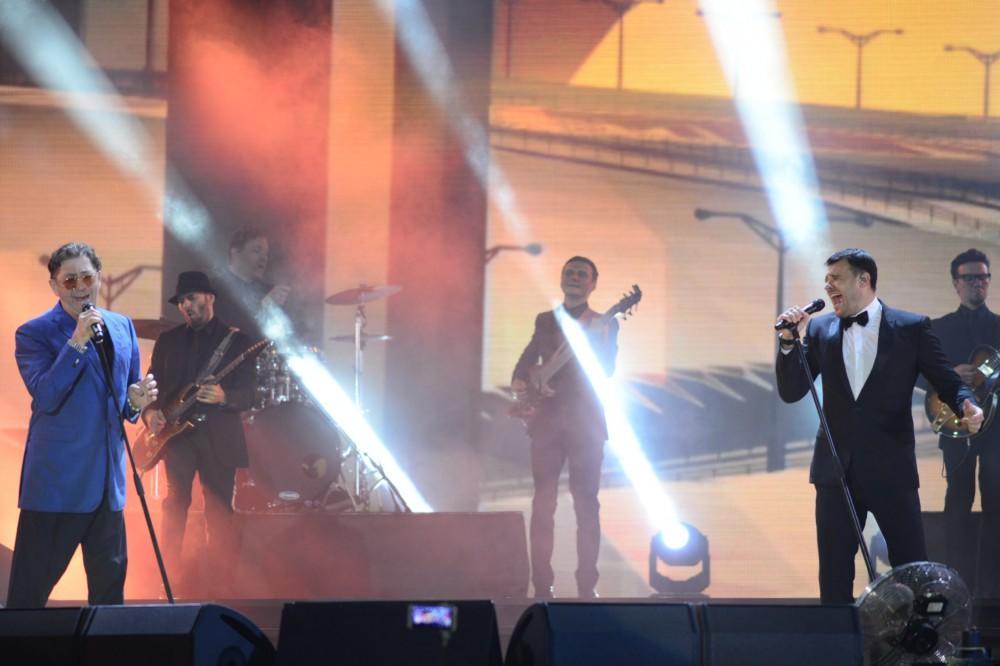 """""""Jara-2017"""" musiqi festivalı """"Bakıya qaçaq"""" mahnısı ilə açılıb - FOTO"""