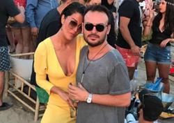 Rəfiqəsinin oğlu ilə eşq yaşayır - FOTO