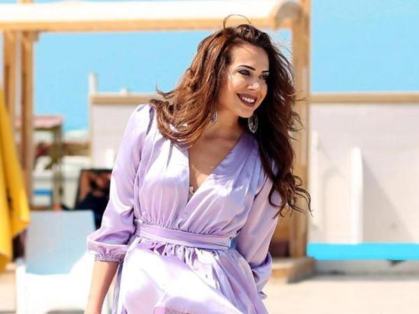 Küləkli hava azərbaycanlı aktrisaya çətin anlar yaşatdı - FOTO
