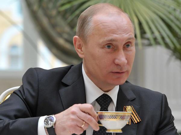 """Vladimir Putinin də içdiyi çay - <span class=""""color_red"""">17 MÖCÜZƏVİ FAYDA</span>"""