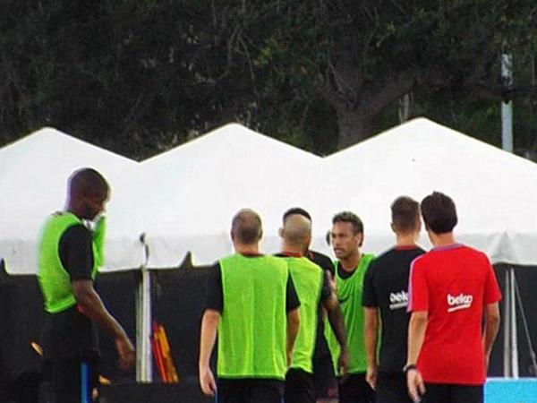 Neymar yeni transfer ilə əlbəyaxa oldu: məşqi yarımçıq tərk etdi - FOTO