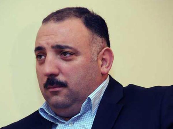 """""""Neftçi""""də işləyib, """"Qarabağ""""a azarkeşlik edəsən..."""