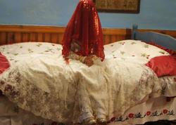"""1 ilin gəlini EVDƏN QAÇDI - Ərinə yazdığı MƏKTUB TAPILDI: <span class=""""color_red"""">Səni daha... - VİDEO - FOTO</span>"""