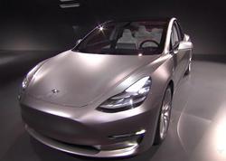 """""""Tesla"""" 1,5 milyard dollarlıq istiqraz buraxır"""