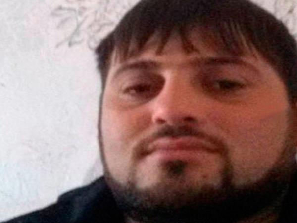 Prokuror Sumqayıtda iki uşaq anasını zorlayaraq öldürən idman müəlliminə ağır cəza istədi