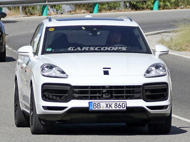 Yeni Porsche Cayenne debütə hazırdır - FOTO