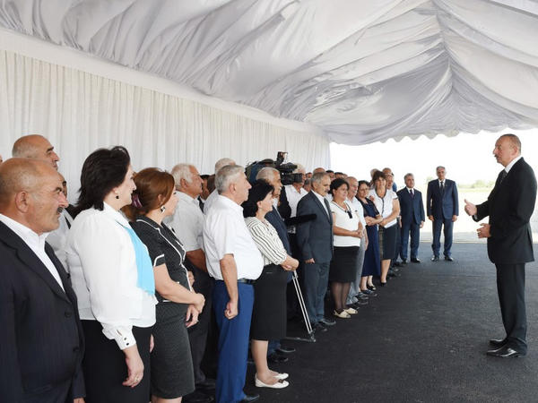 """Prezident İlham Əliyev: """"Yol infrastrukturuna görə Azərbaycan indi dünya miqyasında qabaqcıl yerdədir"""""""