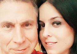 """""""Hababam sınıfı""""nın aktyoru özündən 40 yaş kiçik xanmla evlənir - FOTO"""