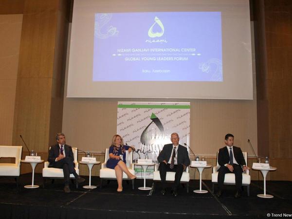 Bakı Qlobal Gənc Liderlər Forumu - FOTOREPORTAJ