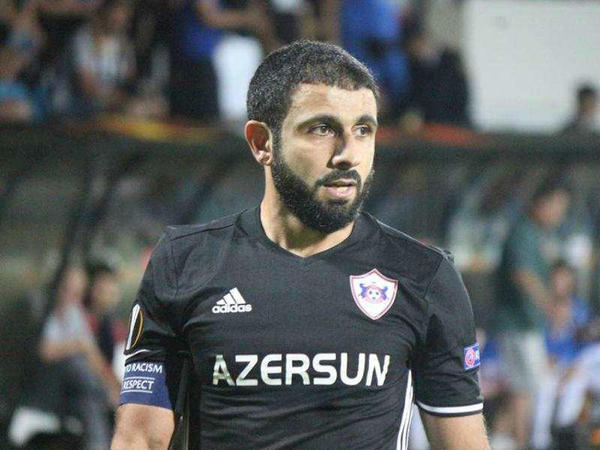 Kapitan üçün əlamətdar tur: Rəşad 300-ə çatdı