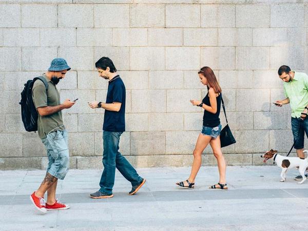 ABŞ-da yolu keçərkən SMS yazanlar cərimələnəcək