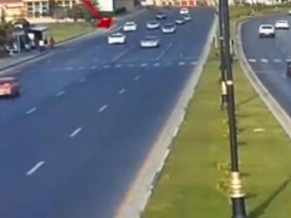 Bakıda avtoxuliqanlıq edən sürücü saxlanılıb - VİDEO