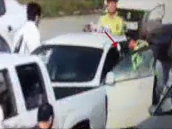 Polisdən qaçan sürücü təqib edilərək tutuldu - VİDEO