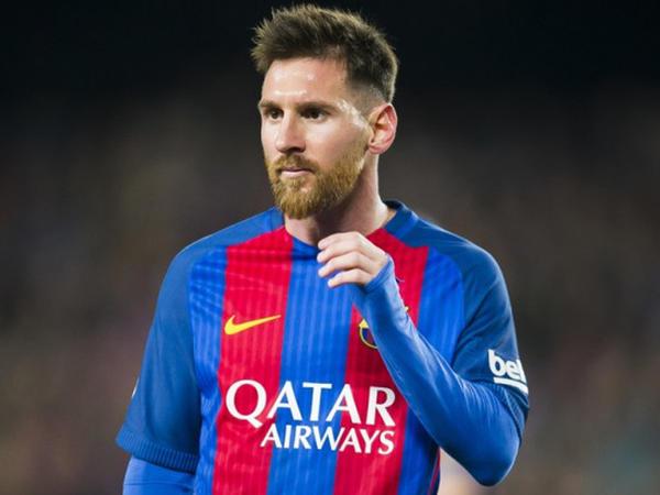"""Messi """"Barsa"""" ilə müqaviləni yeniləməyə tələsmir"""