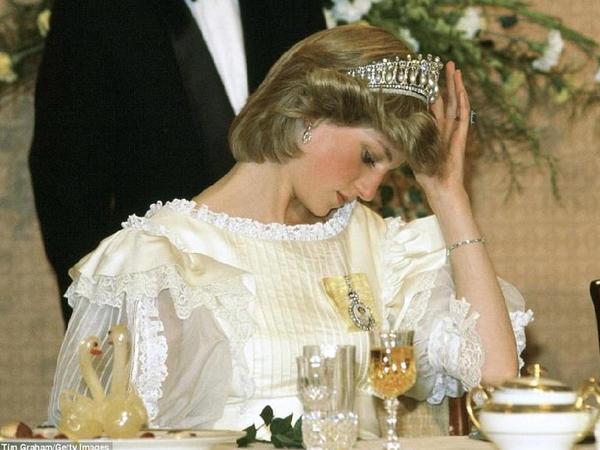 Diananın indiyədək görmədiyiniz FOTOLARI