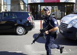 Fransada hərbi patrula hücum etdilər