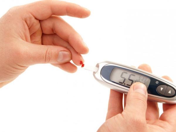 Şəkərli diabet xəstələrində infarkt və insult riskini müəyyənləşdirmək mümkün olacaq