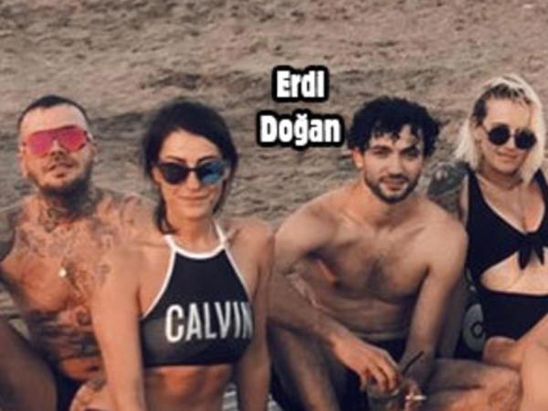 Model keçmiş və yeni sevgilisi ilə birlikdə tətilə çıxdı - FOTO