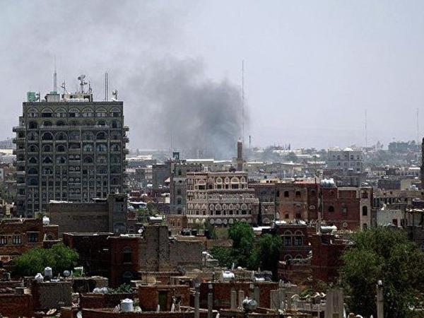 Yəməndə aviazərbə nəticəsində 35 nəfər öldü