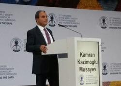 Azərbaycanlı cərrahın mühazirəsi beynəlxalq konfransda maraqla qarşılandı - FOTO