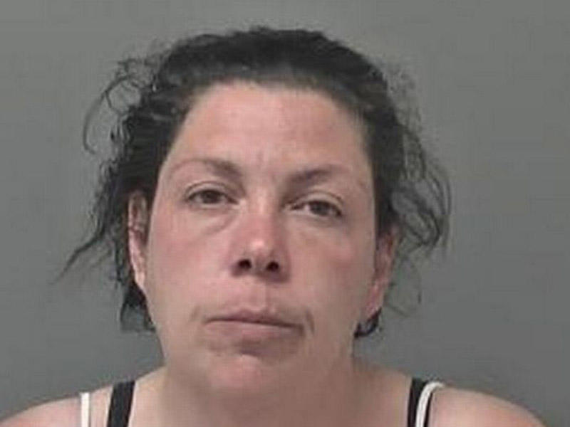 33 yaşlı qadın ehtirasının qurbanı oldu - azyaşlı oğlanı evinə aparıb... - FOTO
