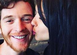 Adriana Lima türk yazarı öpdü, kişi izləyiciləri özündən çıxdı - FOTO