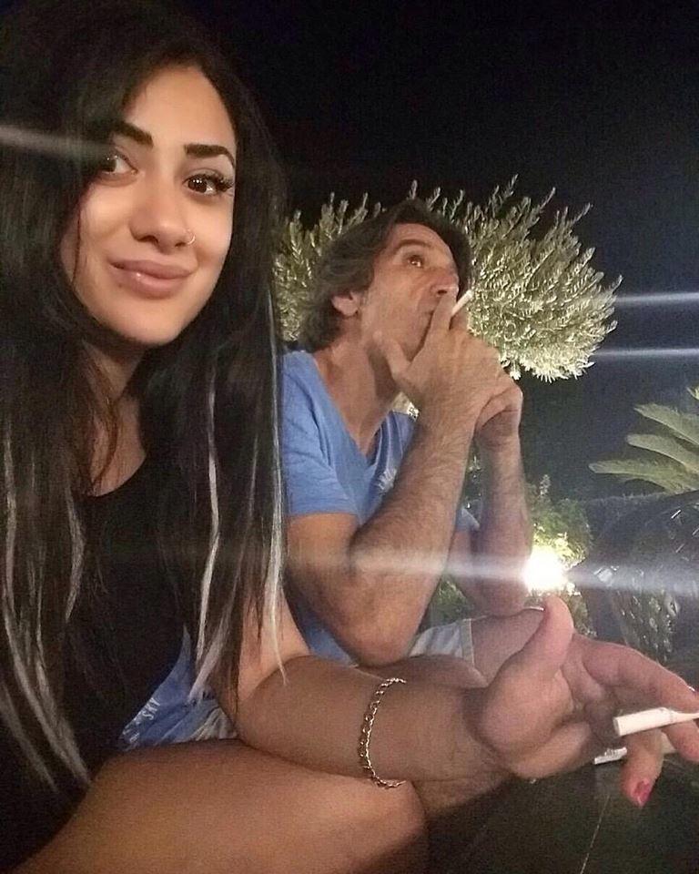 Azərbaycanlı aktrisa əri ilə siqaret çəkdiyi görüntünü paylaşdı - FOTO
