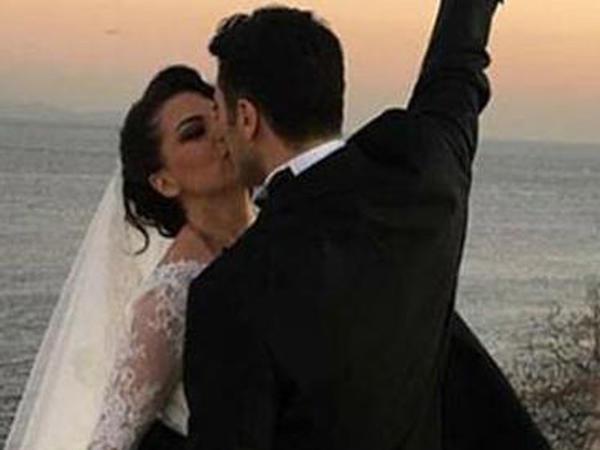 Tanınmış müğənni 4-cü ərindən də boşanır - FOTO