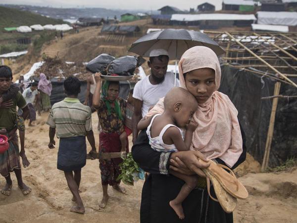 Myanmada təqribən 200 kənd yandırılıb