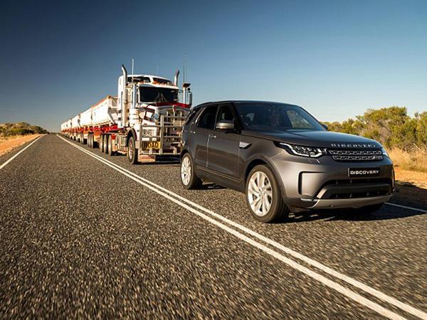 Land Rover 110 tonluq qatarı çəkdi - VİDEO - FOTO