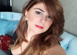 Stresə düşən azərbaycanlı aparıcı saçlarını kəsdi - FOTO