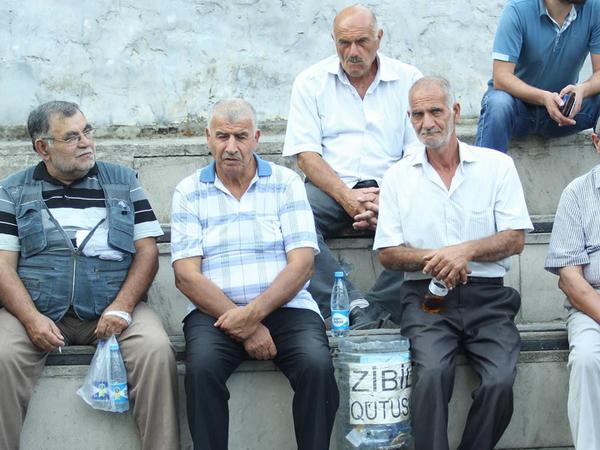 """""""Məhsul"""" meydanı radikallara """"siyasi məzar"""" oldu"""