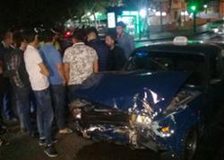 Bakıda avtoxuliqanlıq edən taksi sürücüsü qəza törədib - FOTO