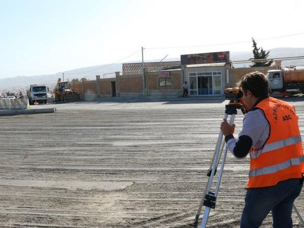 Bakının bu yolunda təmir işləri başladı - FOTO