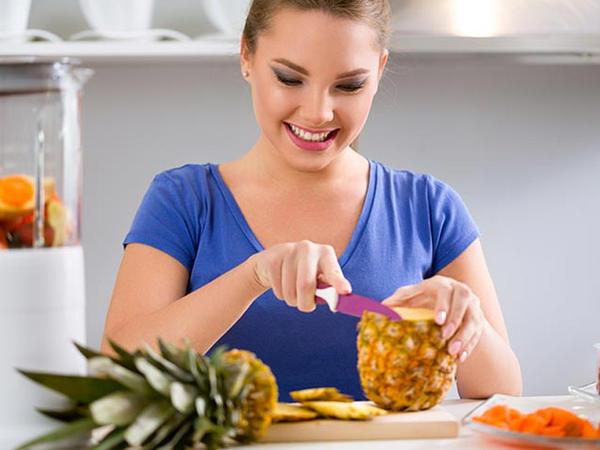 Hər gün ananas yemək üçün 8 səbəb - Bu xəstəliklərdə FAYDALIDIR