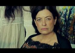 Tanınmış aktrisa mənzildə ölü tapılıb