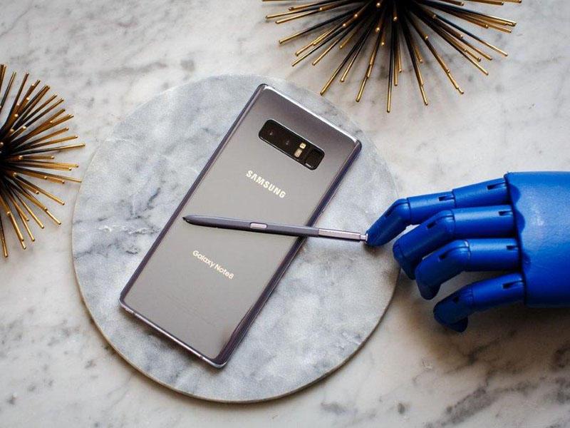 Dünyanın ən yaxşı ikili modullu kameralarından biri ilə təchiz olunmuş, yeni Samsung Galaxy Note 8 smartfonu