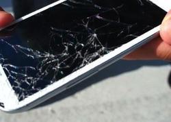 """Smartfonların sınmasının 5 mühüm səbəbi <span class=""""color_red"""">BUNLARDIR</span>"""