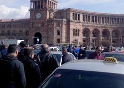 İrəvanda taksi sürücüləri etiraz aksiyası keçirdi