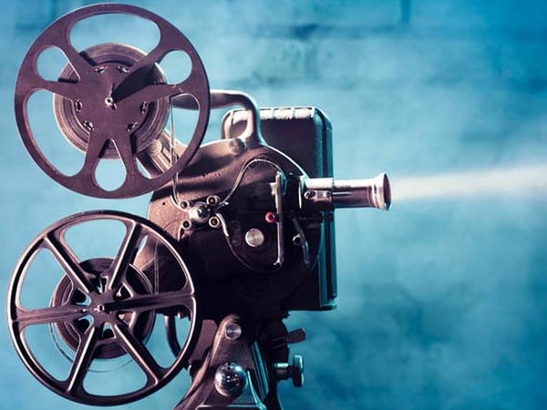 """Dünyanın 100 ən yaxşı komediya filmi - <span class=""""color_red"""">SİYAHI</span>"""